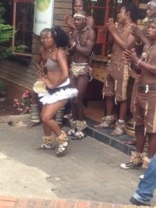 Tswana dans och musikunderhållning!