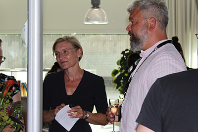 K3:s prefekt Sara Bjärstorp håller tal. GPS prefekt Magnus Ericson.